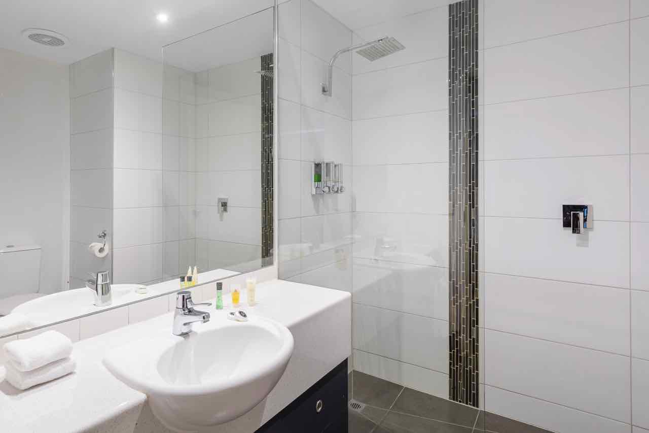 riverside-apartments-melbourne-vic-accommodation-two-bedroom-premier-apartment4